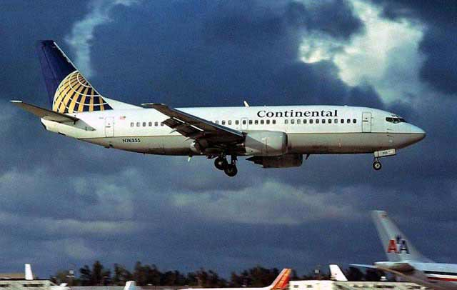 Boeing 737-300 Continental Airlines