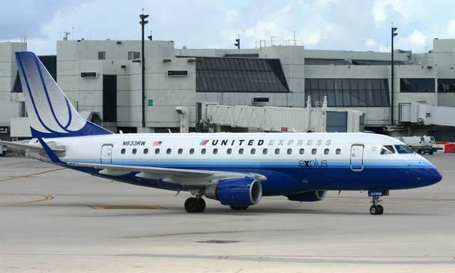 Embraer E-170 United