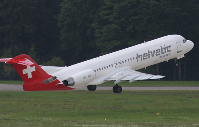 Fokker 100 Helvetic Airways