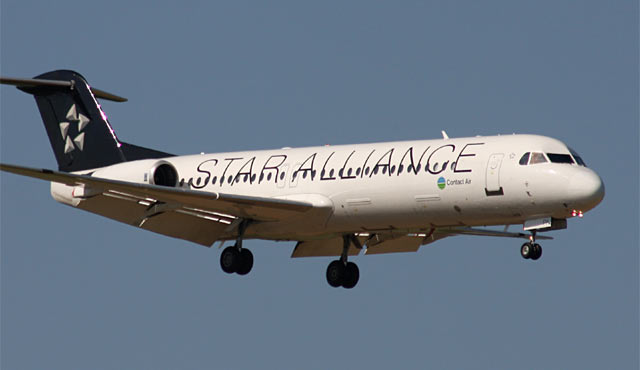 Fokker 100 Contact Air / Star Alliance