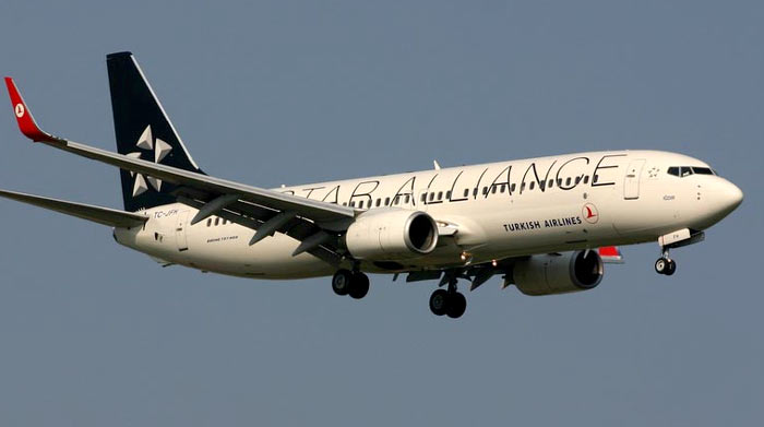 Boeing 73-800 Turkish Airlines / Star Alliance