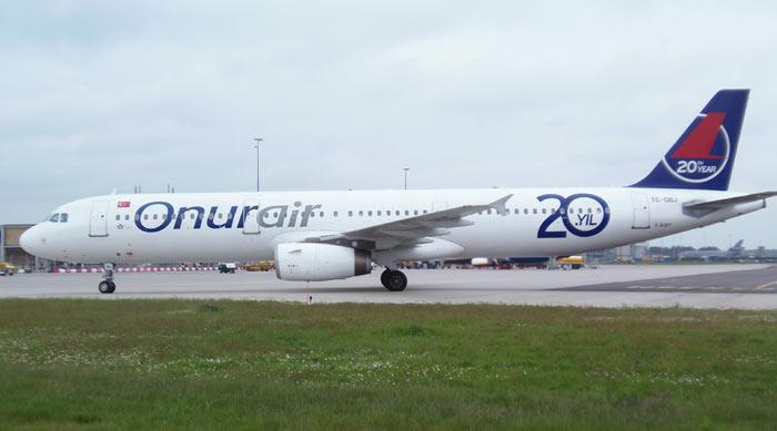 Airbus A321 Onur Air